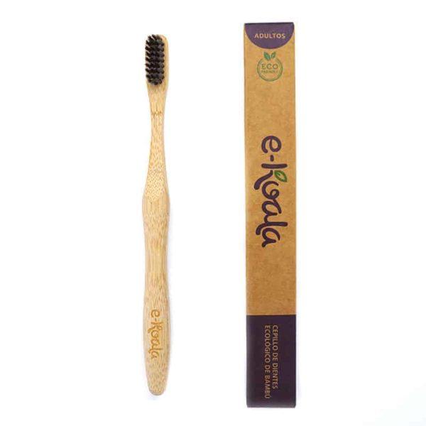 Cepillo de dientes madera